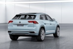 Volkswagen Cross Coupe GTE Concept 4